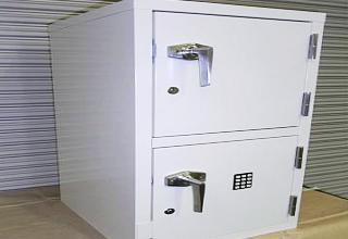 薬品保管庫【電気錠付】