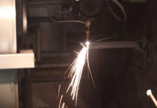 3次元レーザー加工機 3D FABRI GEAR15