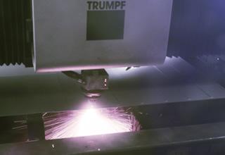 ファイバーレーザー加工機 TruLaser 5030 fiber