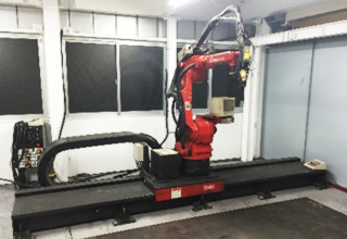 YAGレーザーロボット溶接機 YLR 1500Ⅱ